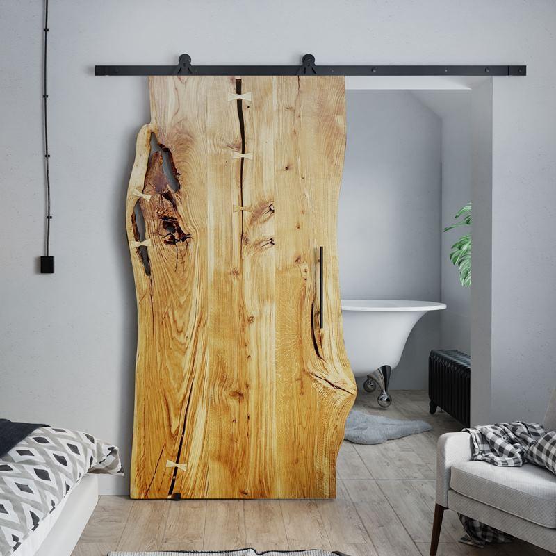 dubové dveře na kovovém pojezdu