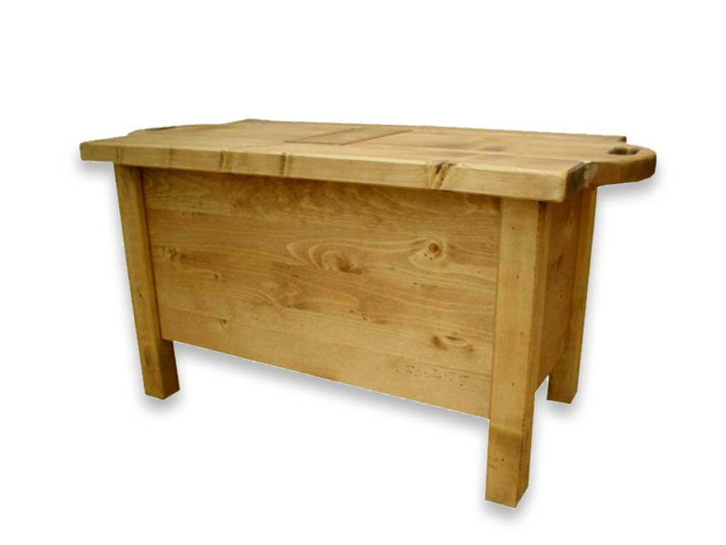 Smrkový konferenční stolek Mexicana 8