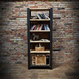 kovova knihovna s dřevem
