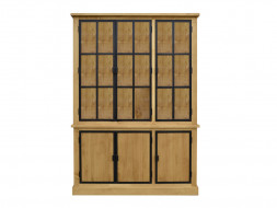 Dřevěná vitrína