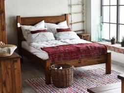 Borovicová postel Rustyk