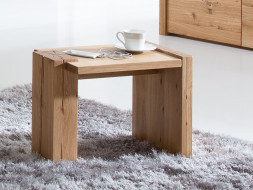 Rustikální dubový noční stolek