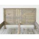 borovicová postel