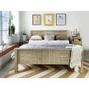borovicový nábytek