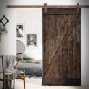 borovicové dveře v ocelovém rámu, pojízdné