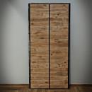 dřevěná deska v kovovém rámu