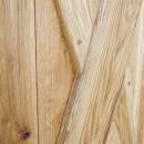vzpěry dubových dveří