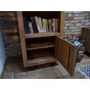 Borovicová knihovna skříňka