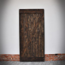 borovicové dveře v ocelovém rámu