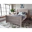 masywne łóżko drewniane