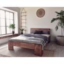 Postel pro dřevěnou ložnici