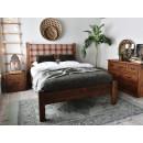Dřevěná postel z masivní borovice