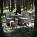 venkovní stolek