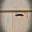 detail dřevěných dveří