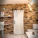 dubové dveře s úchytkou