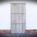 světle dveře v ocelové konstrukci