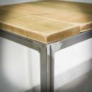 stolek z borovicového dřeva