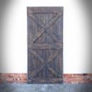 dveře v ocelovém rámu tmavě hnědá