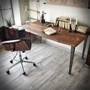 stůl s dubovou deskou