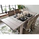 Rustikální styl jídelního stolu