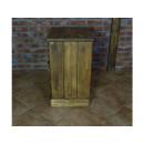 Noční stolek s masivního dřeva