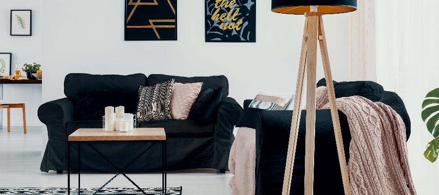 Tmavý nábytek