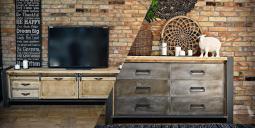 Jak míchat dřevo a kov v interiéru