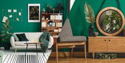 Smaragdová - tmavě zelená: Barva podzimního interiéru